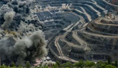 Увлечения экспорта железной руды негативно сказывается на её стоимости