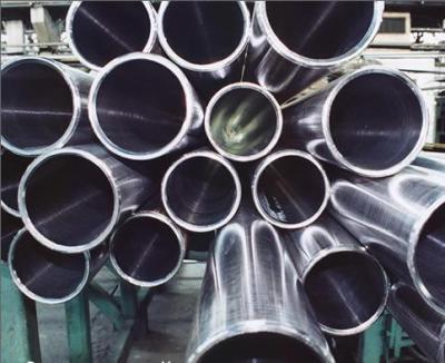 В Украине сократился выпуск труб